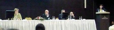 Miniszterek az eVita konferencián a pulpituson