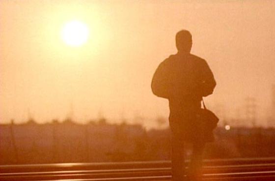 Jack Bauer elsétál a napfelkeltébe