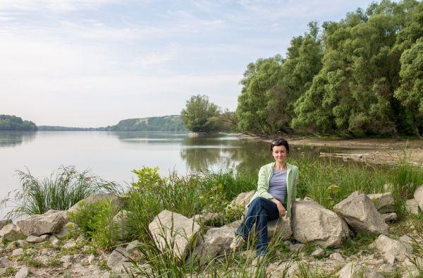 Noémi az érdi Duna-parton