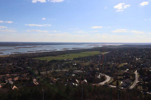 Kilátás a Bence-hegyi kilátóból